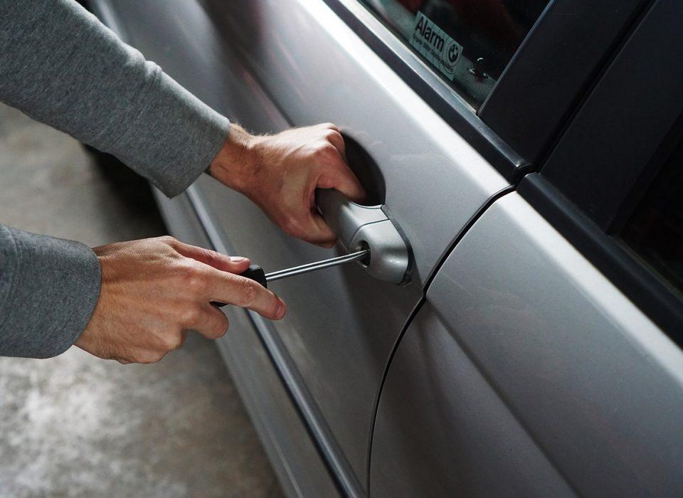 Jak okraść samochód?